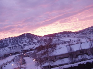 Sunrise_in_Kelowna